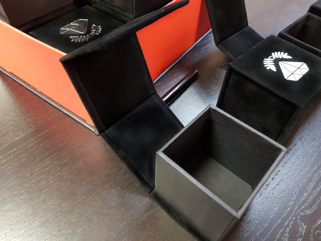 Cutie rigida cu magnet pentru inele, verighete, cercei, pini (5)