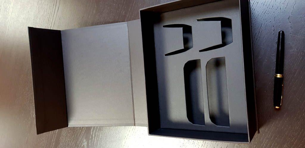 Cutie rigida cu magnet pentru set cesti (10)