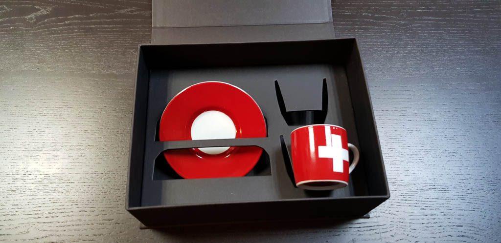Cutie rigida cu magnet pentru set cesti (5)