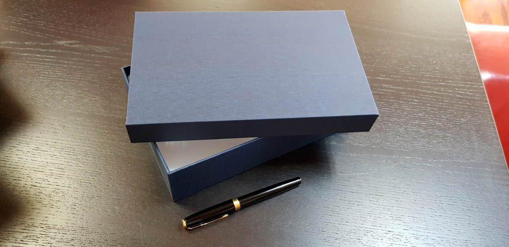 Cutie rigida pentru cadouri (5)