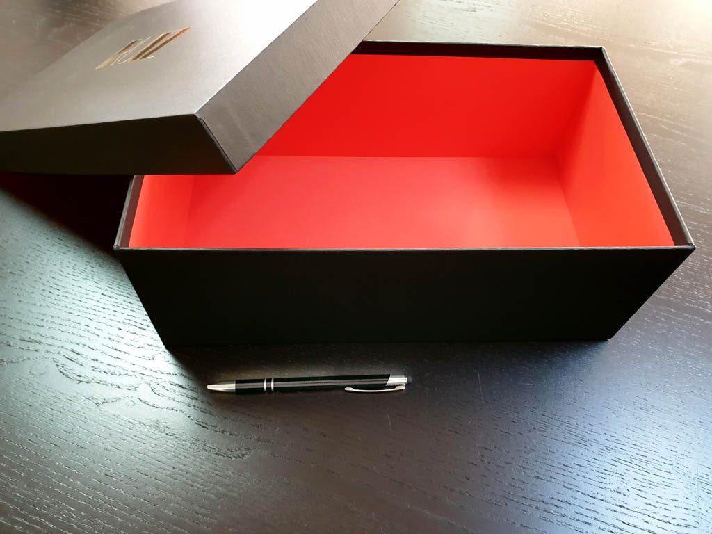 Cutie rigida pentru cadouri speciale (3)