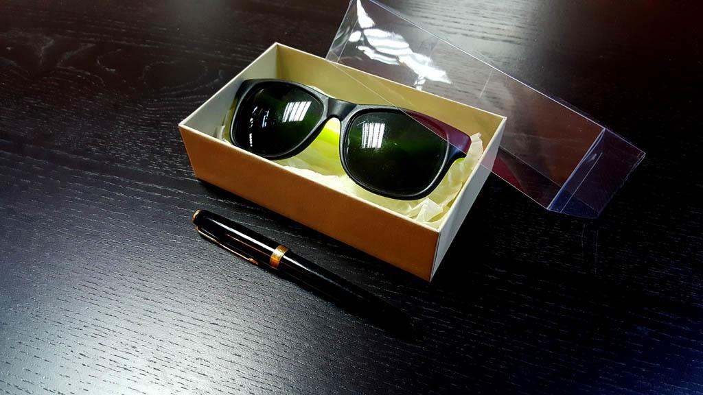 Firma noastra produce cutii rigide la cerere