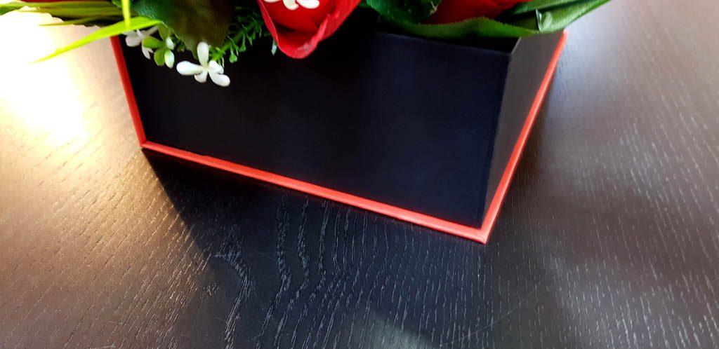 Cutie rigida tip carte pentru flori (1)