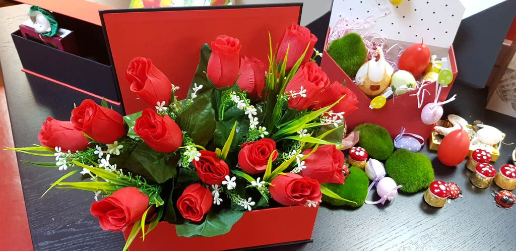 Cutie rigida tip carte pentru flori (27)