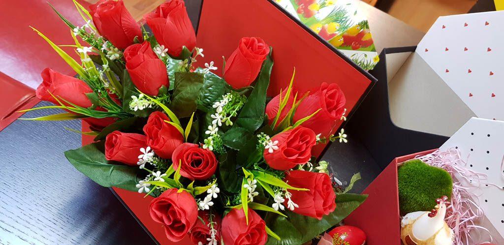 Cutie rigida tip carte pentru flori (28)