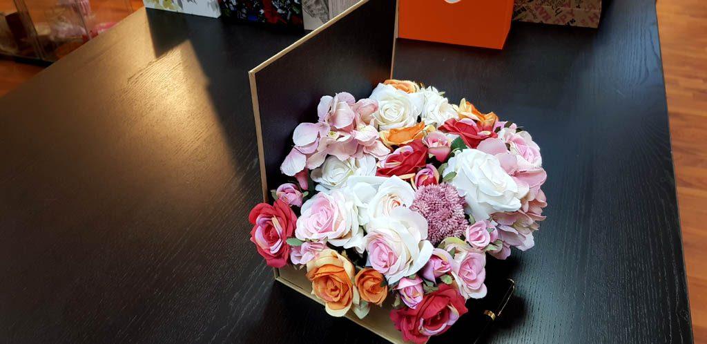 Cutie rigida tip carte pentru flori (4)