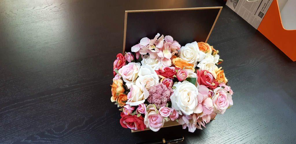 Cutie rigida tip carte pentru flori (5)