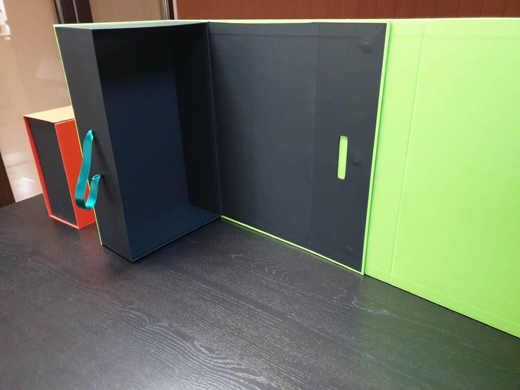 Cutii Rigide Rezistente Din Mucava Cu Magnet Pentru Cadouri (model 60930 (11)