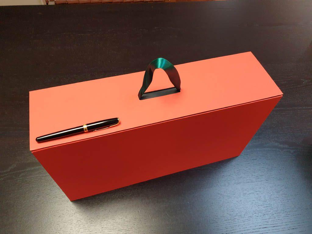Cutii Rigide Rezistente Din Mucava Cu Magnet Pentru Cadouri (model 60930 (2)