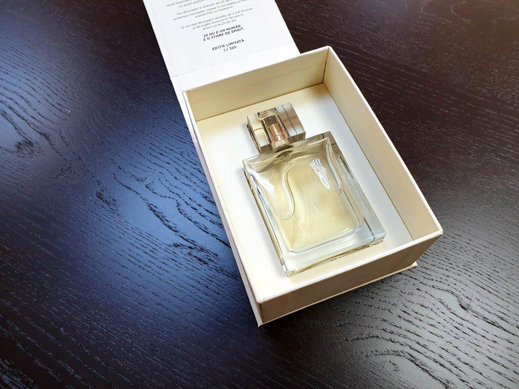 Cutii Rigide Rezistente Din Mucava Cu Magnet Pentru Parfum (model 6096) (12)
