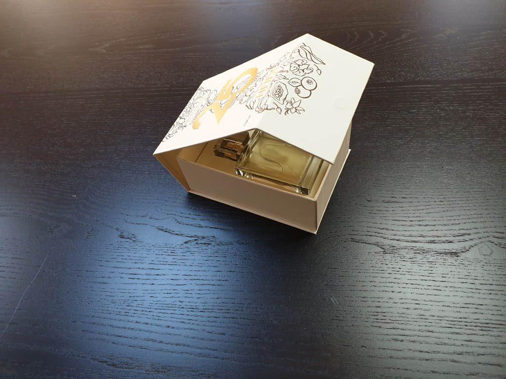 Cutii Rigide Rezistente Din Mucava Cu Magnet Pentru Parfum (model 6096) (18)