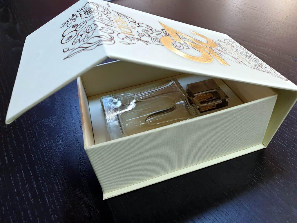 Cutii Rigide Rezistente Din Mucava Cu Magnet Pentru Parfum (model 6096) (3)