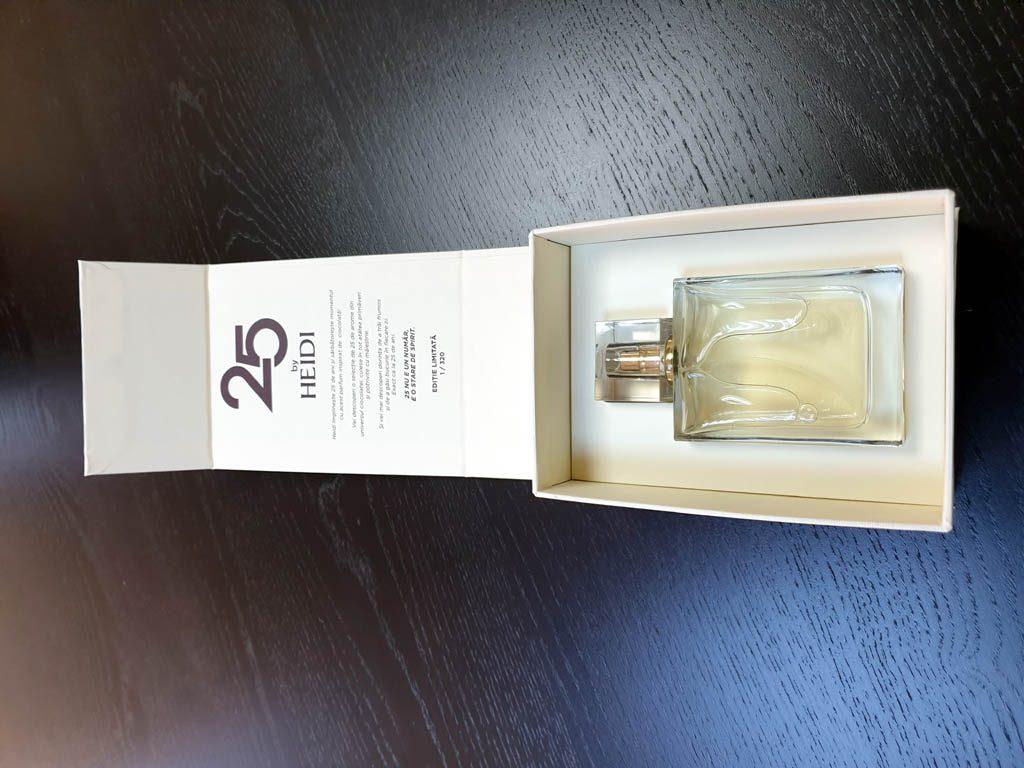 Cutii Rigide Rezistente Din Mucava Cu Magnet Pentru Parfum (model 6096) (7)