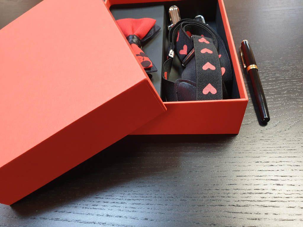 Cutii Rigide Rezistente Din Mucava Cu Magnet Pentru Set Cadou Papion Si Bretele (model 6065-6068) (10)