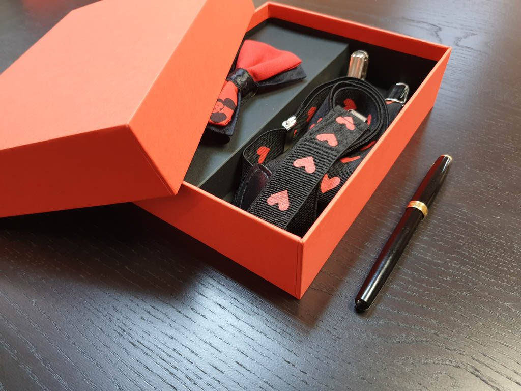 Cutii Rigide Rezistente Din Mucava Cu Magnet Pentru Set Cadou Papion Si Bretele (model 6065-6068) (5)