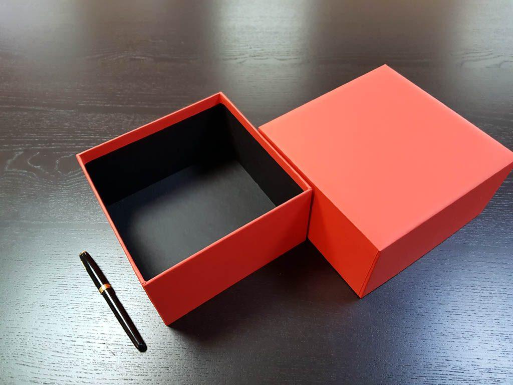 Cutii Rigide Rezistente Din Mucava Pentru Cadouri (model 6040-6041) (5)