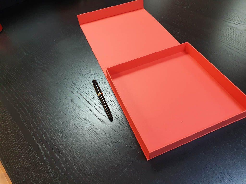 Cutii Rigide Rezistente Din Mucava Pentru Plachete (model 6087) (8)