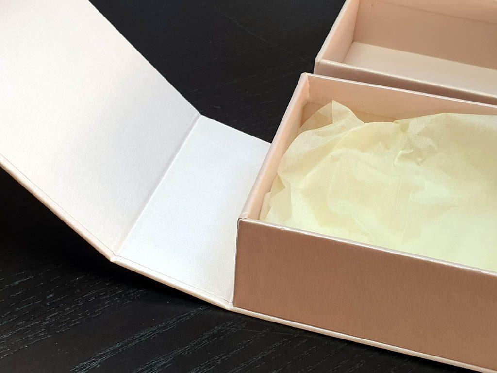Cutii Rigide Rezistente Din Mucava cu magnet pentru accesorii (model 6098) (6)