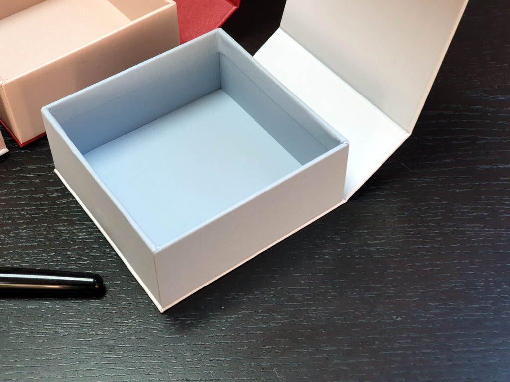 Cutii Rigide Rezistente Din Mucava cu magnet pentru accesorii (model 6098) (7)