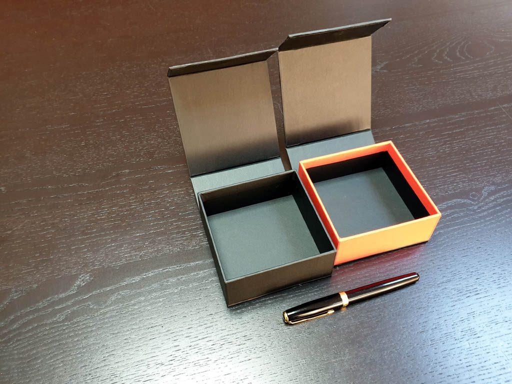 Cutii Rigide Rezistente Din Mucava cu magnet pentru bratari (model 6098) (6)