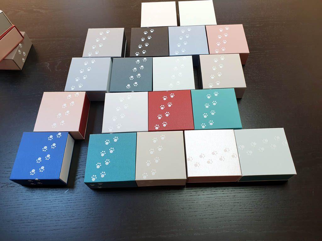 Cutii rigide rezistente din mucava cu magnet pentru bijuterii, amulete (4)