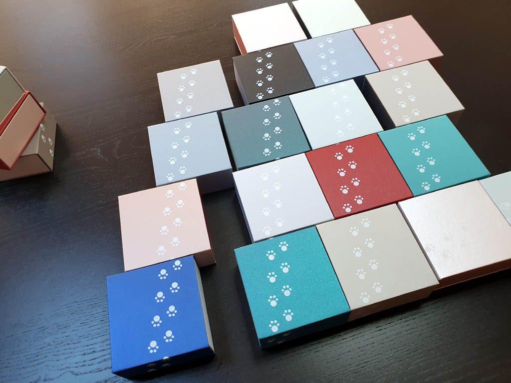 Cutii rigide rezistente din mucava cu magnet pentru bijuterii, amulete (6)