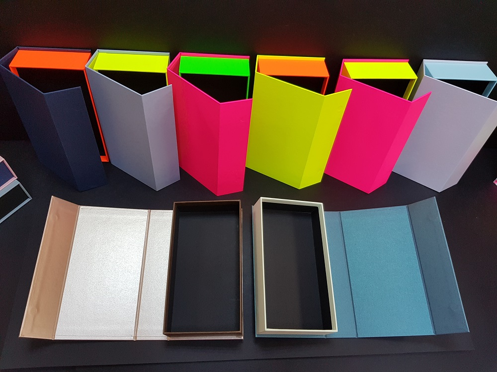 Cutii colorate cu magnet (model 6081) (7)