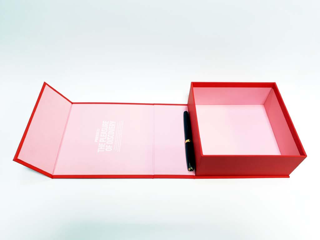 6192 - cutie cu magnet 160x160x65mm (6)