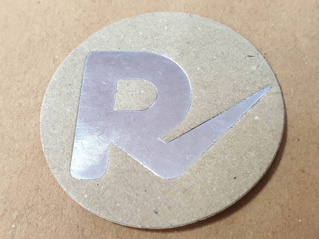 Etichete (4)